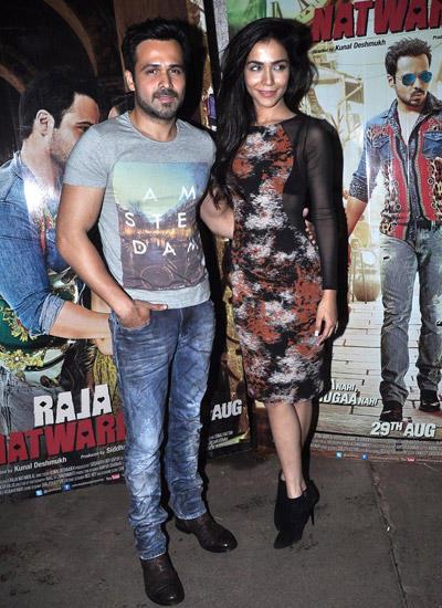 Emraan Hashmi And Co-Star Humaima Malick Posed For Lenses During Raja Natwarlal Special Screening