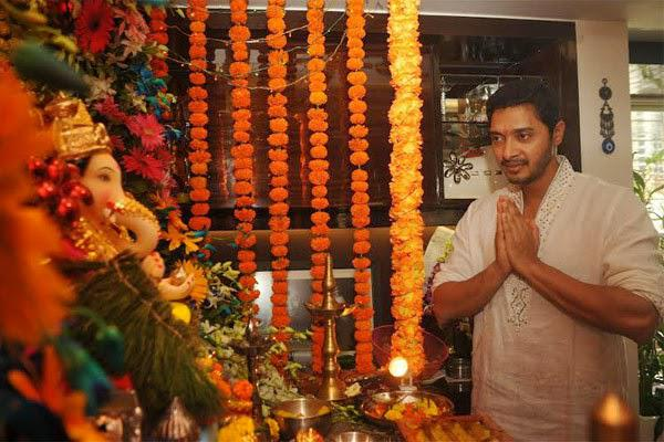 Shreyas Talpade Celebrates Ganesh Festival At His Residence