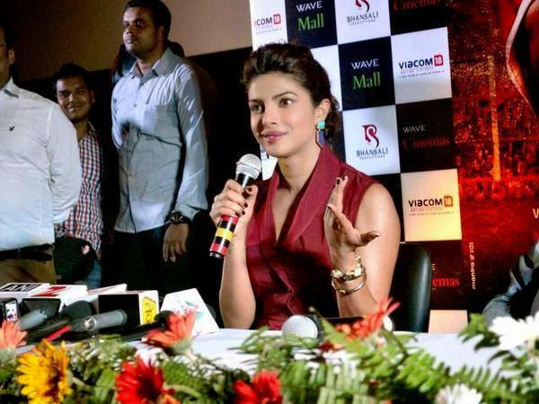 Priyanka Chopra Reacts Towards The Media During The Press Conference Of Mary Kom Movie
