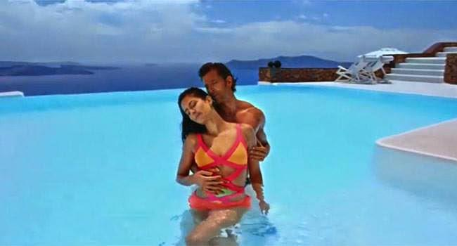 Meherban Song Katrina And Hrithik Sea Beach Latest Hot Unscene Image