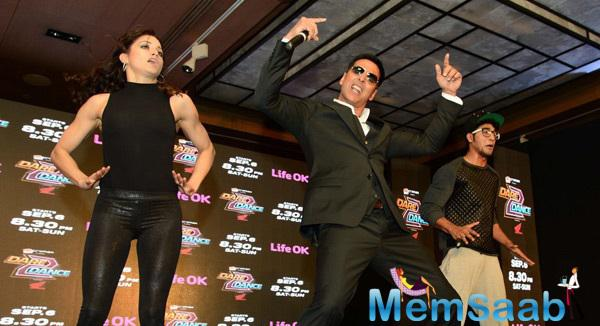 Akshay  Rocks The Stage At Dare 2 Dance Press Meet Event With Sanam