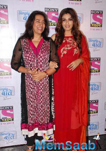 Anu Ranjan And Raveena Tandon Posed For Camera At ‎Sundown Party Of Sony Pal Channel