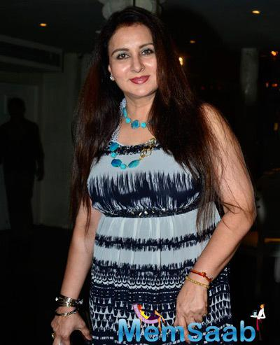 Gorgeous Poonam Dhillon In Red Lippy Attend The Sundown Party Of Sony Pal Channel