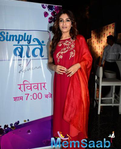 Raveena Tandon In Red Dress Hot Look At The Simply Baatein Show Bash Of Sony Pal Channel