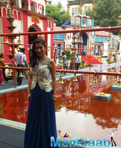 Sophie Choudry Visited Lodha Ganpati Pandal On The Occasion Of Ganesh Chaturthi