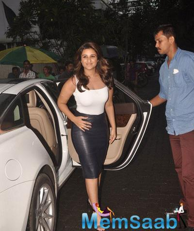 Parineeti Chopra Getting Out Of A Car At Promotional Event Of  Dawaat-e-ishq