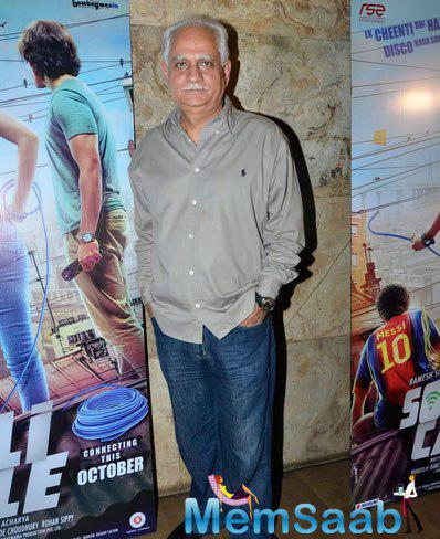 Ramesh Sippy Posed At The Trailer Launch Of Sonali Cable Movie
