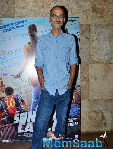 Rohan Sippy Smiling Pose During The Trailer Launch Of Sonali Cable Movie