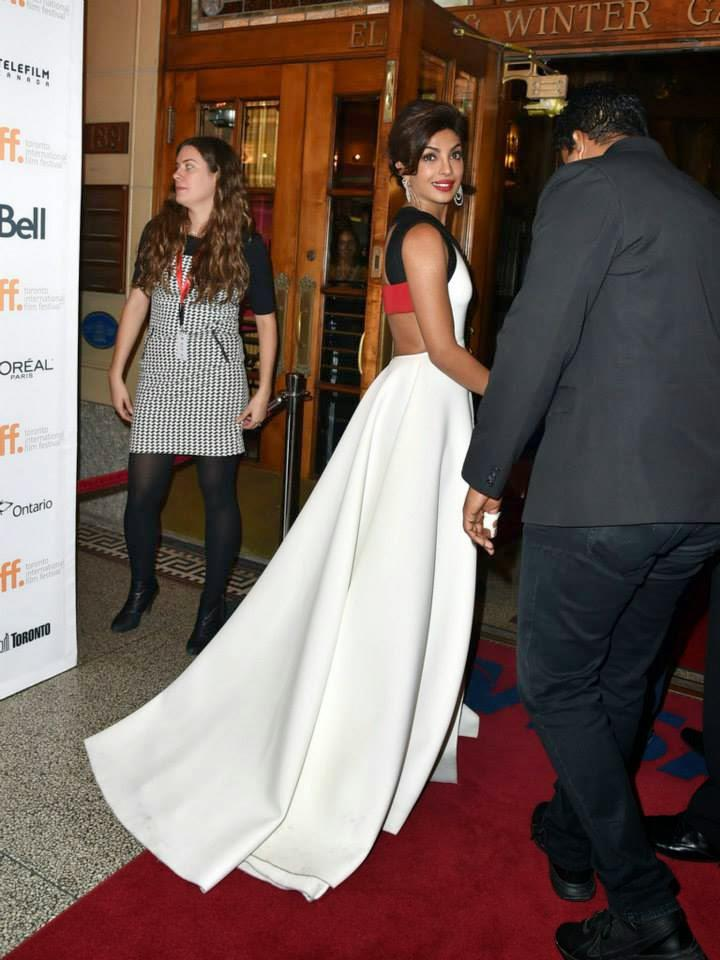 When Priyanka Chopra Moves On Red Carpet The White Gown Looks Great