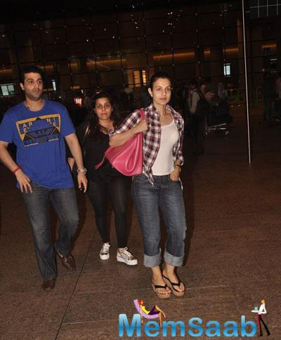 Stunning Ameesha Was Recently Spotted At The Mumbai International Airport
