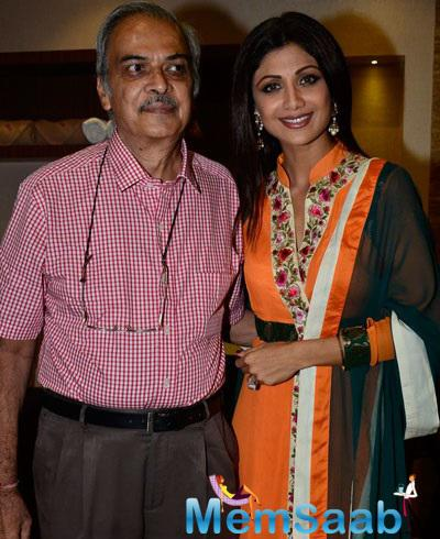 Shilpa Shetty's Tangy Look At Launch Spa