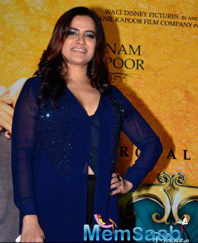 Sona Mohapatra Strikes A Smiling Pose For Shutterbug At The Music Launch Of Khoobsurat