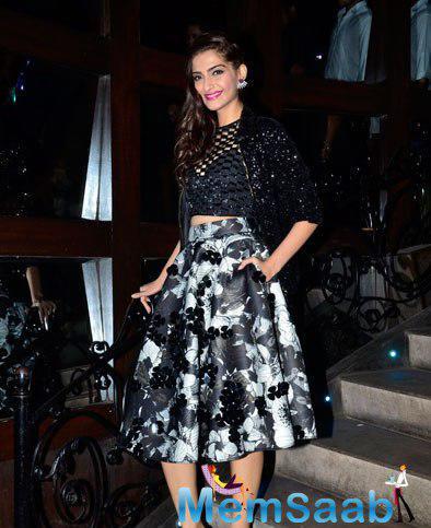 Sonam Kapoor Looked Elegant And Gorgeous During Khoobsurat Movie Music Launch