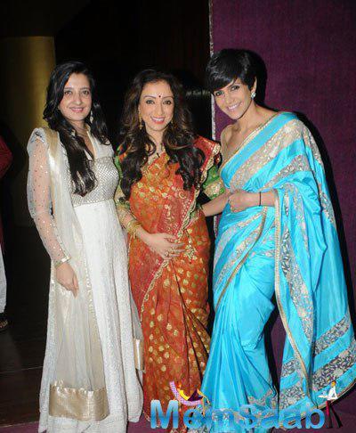 Amy Billimoria With Madhurima Nigam And Mandira Bedi At Three Women Play