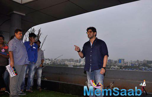 Arshad Warsi Acting Still And David Dhawan Looks On During At The Mahurat Of Welcome 2 Karachi Movie