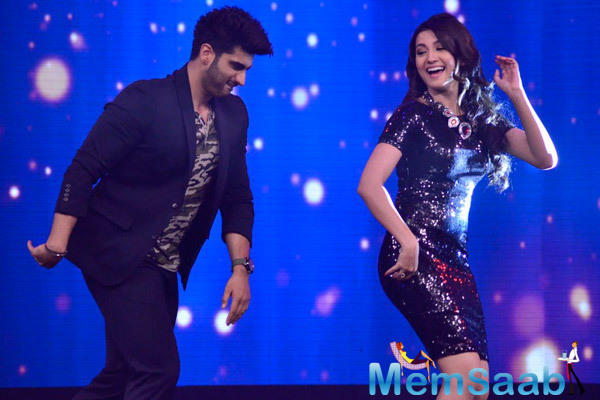 Arjun Kapoor And Gauhar Khan Danced On The Stage Of India's Raw Star