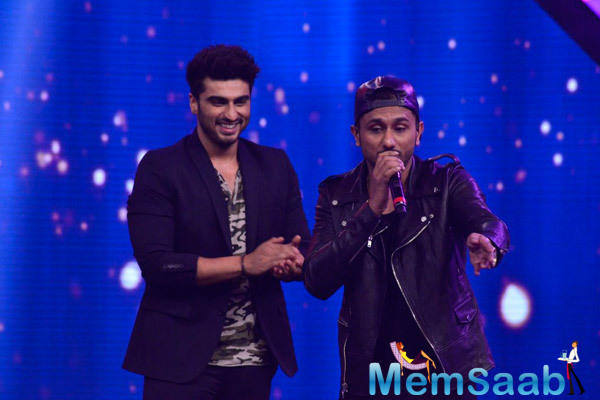 YoYo Honey Singh And Arjun Kapoor Kept The Crowd Entertained With Their Antics