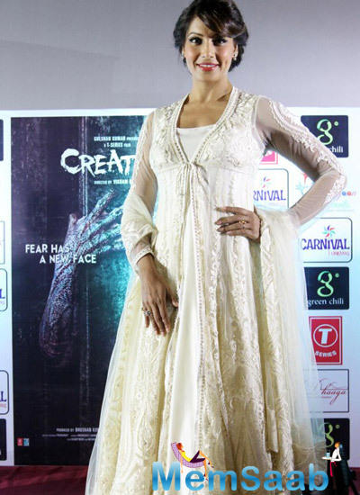 Stunning Bipasha Posing For Camera At Promotional Event Of Creature 3D