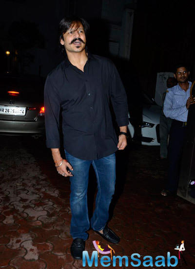 Vivek Oberoi Attend The Shutterbugs Held For Shilpa's Hubby Birthday Bash