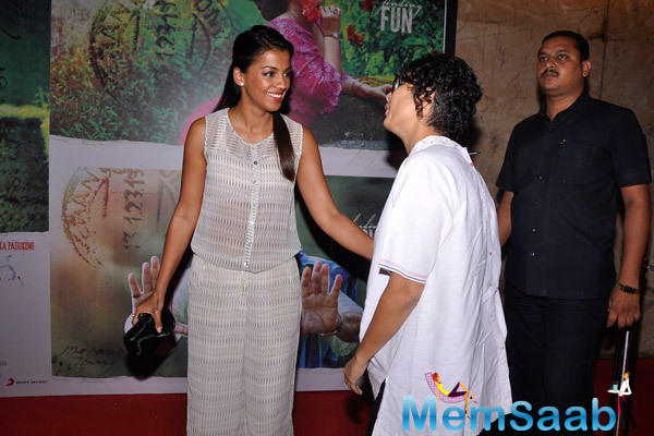 Mugdha Godse And Kiran Rao Meet During The Screening Of Finding Fanny