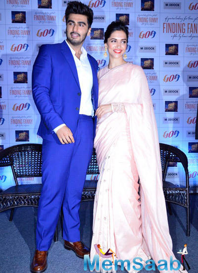 Deepika And Arjun Strikes A Pose For Shoot At Goa Tourism Event