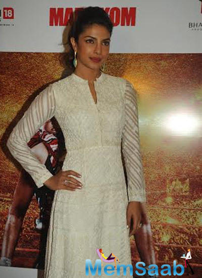 Priyanka Attended An Event By USHA Sweing Machines Which Aim At Women Empowerment