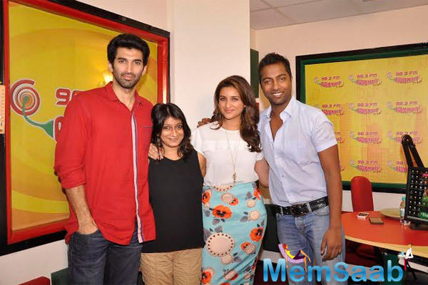 Aditya Roy Kapur And Parineeti Chopra Clicked At 98.3 Radio Mirchi During The Promotion Of Daawat-E-Ishq