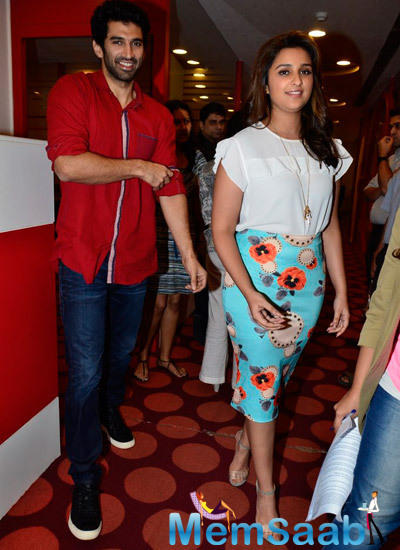 Aditya Roy Kapur And Parineeti Chopra Promote Daawat-E-Ishq On Radio Mirchi At Mumbai