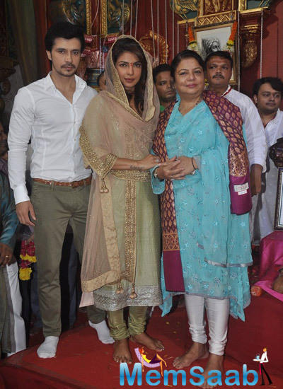 Darshan Kumar And Priyanka Chopra Posed For Camera At Andheri Cha Raja In Mumbai