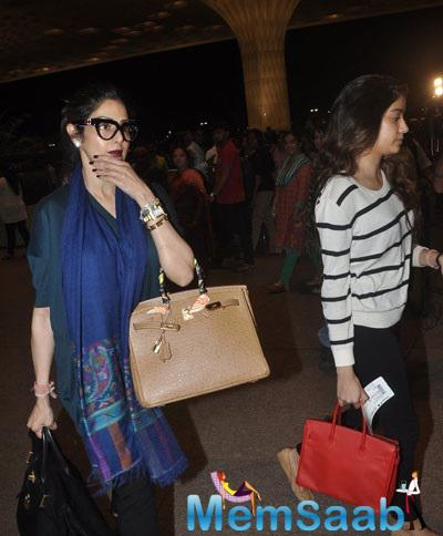 Sridevi Accompanied By Daughter Jhanvi At Mumbai Airport