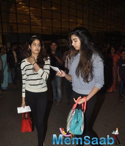 Two Sisters Jhanvi And Khushi Spotted At Mumbai International Airport