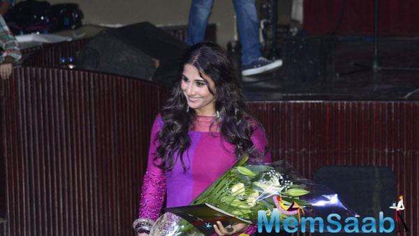 Vidya Balan Seen Attending Chairy Music Concert WE