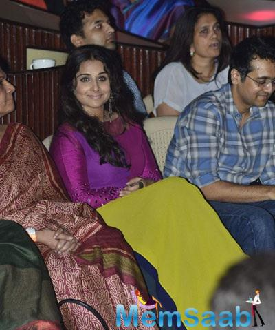 Vidya Wore A Colour Blocked Tunic From Manish Malhotra For Charity Music Concert