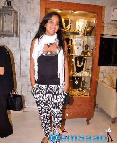 Priyanka Alva Smiling Pose During Designer Bansri Mehta Jewellery Show