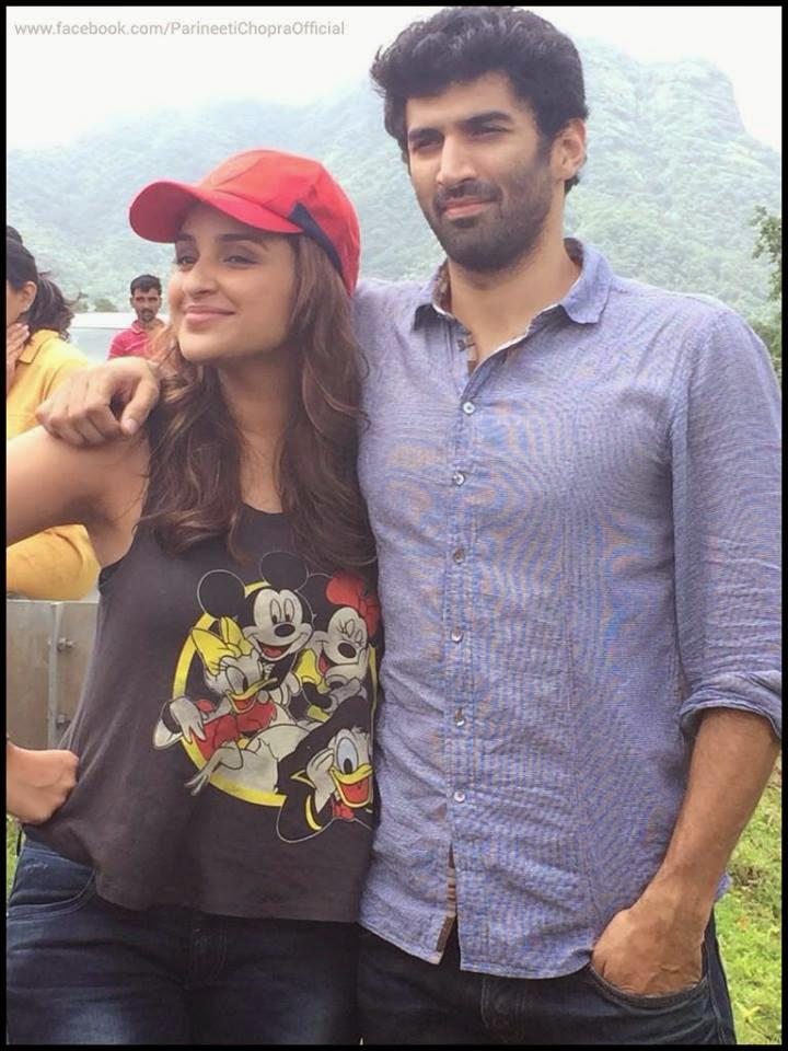 Parineeti Chopra And Aditya Roy Kapur Taking Selfie During The Road Ride Promotional Event