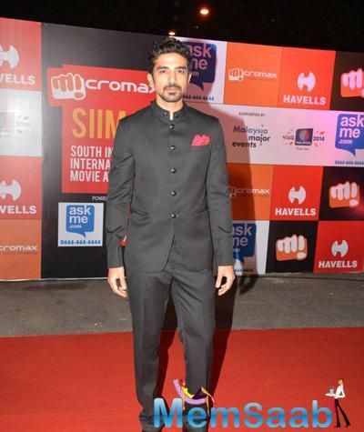 Saqib Saleem Looks Dashing At South Indian International Movie Awards 2014 Shutterbug