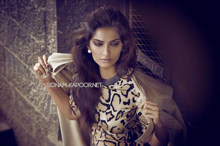 Khoobsurat Actress Sonam Kapoor Has Graced The Vogue India Cover Photo For The September 2014 Issue