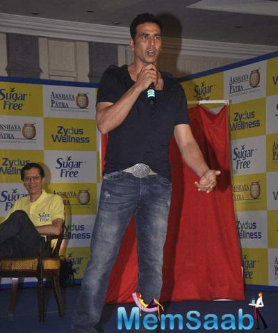 Akshay Kumar Pledge To Donate The Calories And Association With The Brand