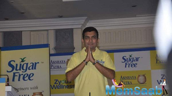 Chef Sanjeev Kapoor At Donate Your Calories Sugarfree Campaign