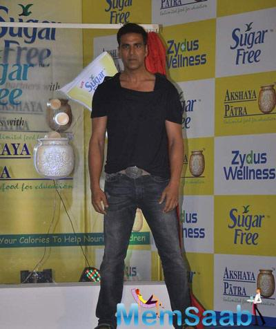 Sugar Substitute Brand Sugar Free Launched Donate Your Calories With Akshay Kumar