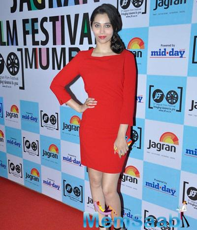 Sasha Agha With Red Stunning Outfit At Jagran Film Festival Shutterbug