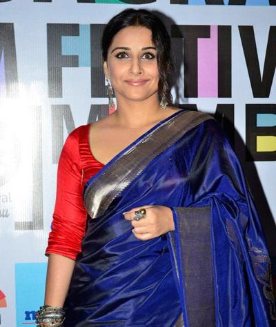 Vidya Balan Looked Lovely In Her Electric Blue Sari As She Arrived At Jagran Film Festival