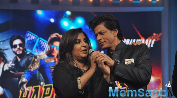 Best Buddy Shahrukh And Farah At Music Launch Of Happy New Year