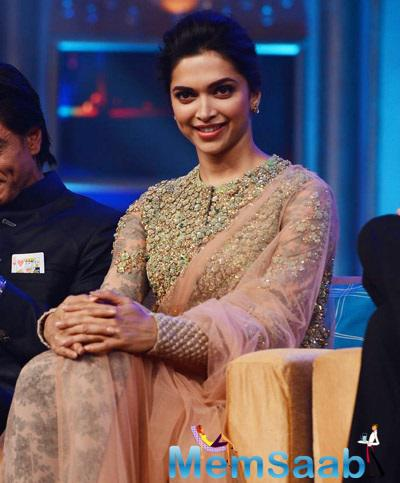 Deepika Padukone Looks Charming Opted A Sabyasachi Creation At HNY Audio Launch
