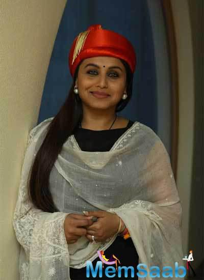 Rani Mukerji Received A Standing Ovation From The Police Officers