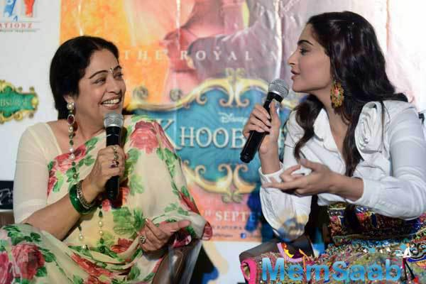 Kirron Kher And Sonam Kapoor During A Press Conference To Promote Their Upcoming Film Khoobsurat In New Delhi