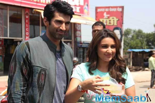 Aditya And Parineeti Enjoy Every Moment Daawat-e-Ishq Food Yatra In Delhi