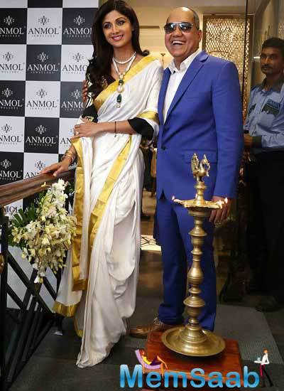 Shilpa Shetty Was In Delhi Earlier Today To Inaugurate Anmol Jewellers New Showroom