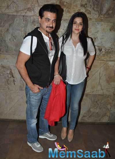 Sonam's Uncle Sanjay Kapoor With His Wife Maheep Kapoor Spotted At Screening Of Khoobsurat