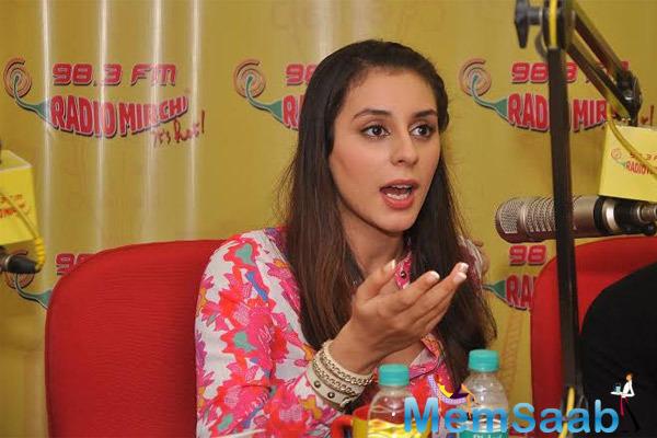 Anindita Nayar Promoted Her Upcoming Movie 3 AM At Radio Mirchi Studio